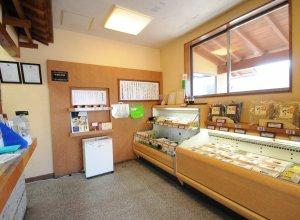 豊かな味わいのゆばや豆腐の製造直売「ゆば壱」店内