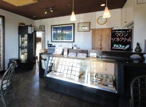 四万騎農園併設の売店&カフェ