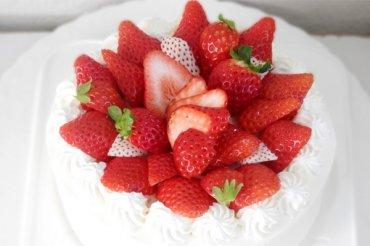 ひぐまのおかし屋さん ホールケーキ