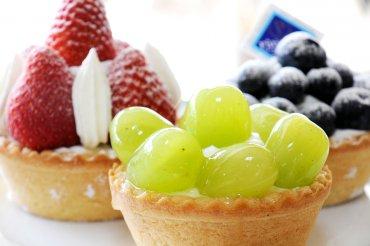 宝月堂 フルーツのタルト ※フルーツの内容は、季節ごとに変わります。