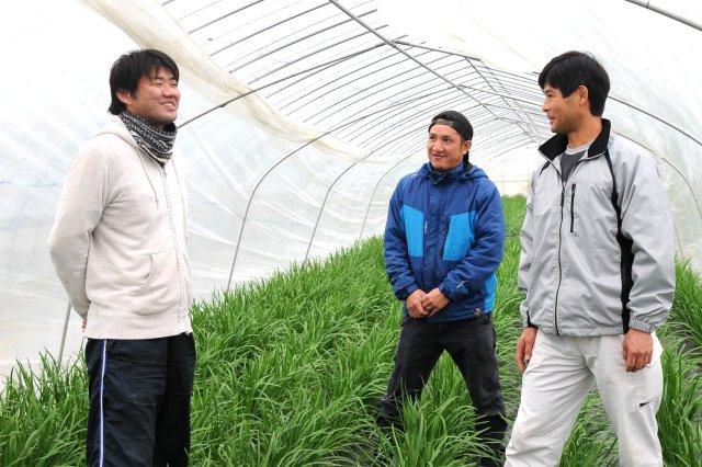 (左から)高野さん、郡司さん、石田さん