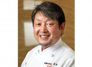 「三笠」支配人兼調理長 袖山博明さん