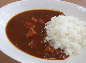 行方の米ぶたカレー 調理イメージ