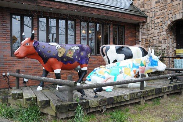 ステーキハウスクックバーン 牛のオブジェ