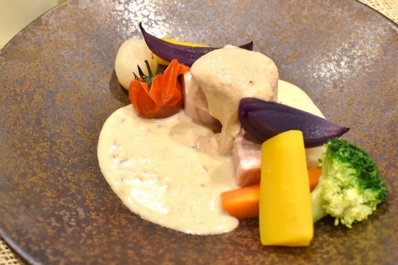 おすすめ/常陸の輝きのクリーム煮(茨城県産牛乳使用)【2019年6月限定メニュー】
