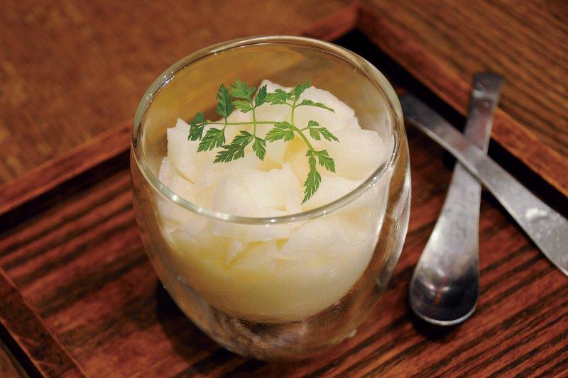 梨の杏仁豆腐